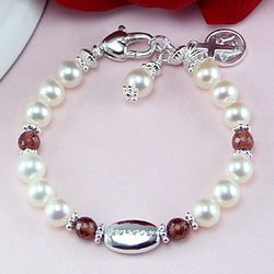 Newborn Freshwater Cultured Pearl Engravable Bracelet