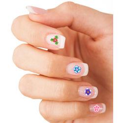 Full Bloom Flower Nail Art