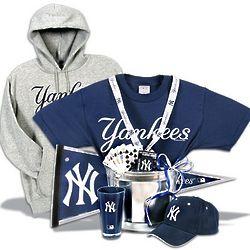 New York Yankees Deluxe Gift Basket