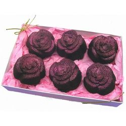 Rose Shaped Brownie Cakes Gift Box