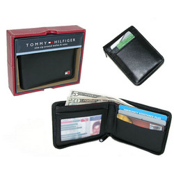 Slim Zip-a-Round Wallet with Dresser Valet