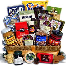 Deluxe Skiers Delight Gift Basket