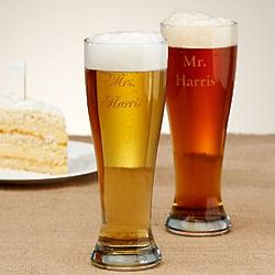 Personalized Mr. and Mrs. Pilsner Set