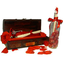 The Treasured Rose Sentimental Message in a Bottle Gift Set