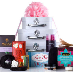 Kama Sutra Getaway Gift Basket