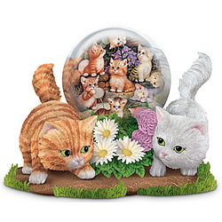 Gazing with Friends Kitten Figurine