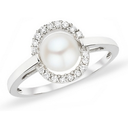 Cultured Freshwater Pearl and Diamond 10K White Gold Ring