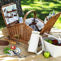 Huntsman Gazebo Picnic Basket for 4 with Coffee Set and Blanket