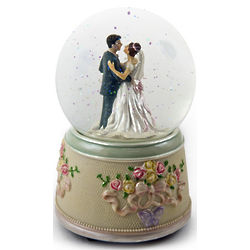 Bride and Groom Wedding Dance Animated Water Globe