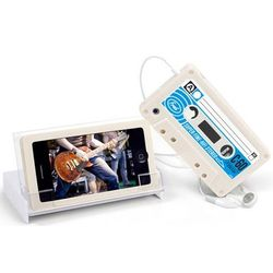 iPhone 4 White Silicone Cassette Case with Stand