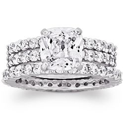 8 Carat Cushion-Cut Cubic Zirconia Wedding Ring Set