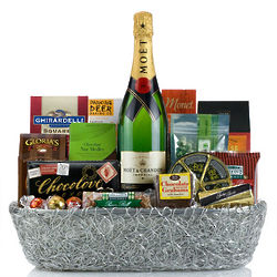 Deluxe Champagne Gourmet Gift Basket