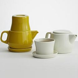 Integrated Teapot and Cup Set