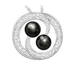 Lover's Knot Cultured Black Pearl & Diamond Pendant Necklace