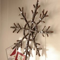 LED Snowflake with Faux Frost