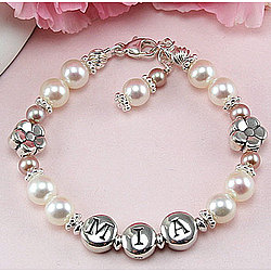 Daisies in Bloom Pearl Personalized Bracelet
