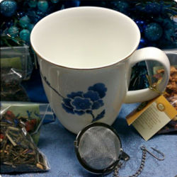 Blue Violets Tea Cup and Sampler Gift Set