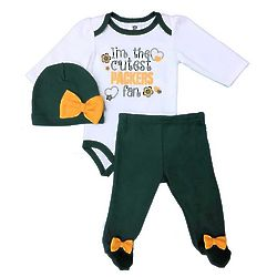 Newborn Girl's Green Bay Packers Bodysuit, Pants, and Hat