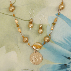 Engraved Copper Pendant on Shell Pearl Necklace with Earrings