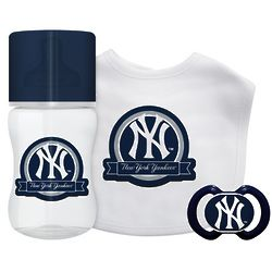 New York Yankees 3 Piece Baby Gift Set