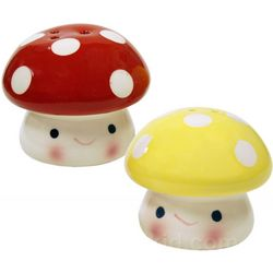 Mushroom Salt and Pepper Shakers