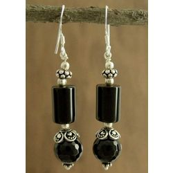 Mumbai Muse Onyx Dangle Earrings