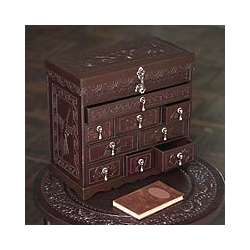 'Heritage' Cedar and Leather Jewelry Box