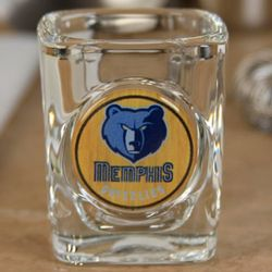 Memphis Grizzlies Crystal Coat Emblem Square Shot Glass