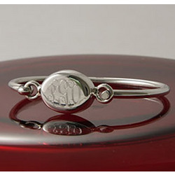 Personalized Oval Bangle
