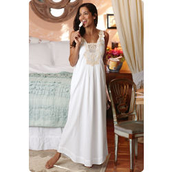 Isabella Applique Nightgown