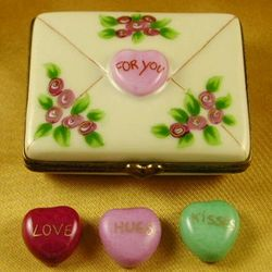 Limoges For You Envelope with 3 Hearts Box