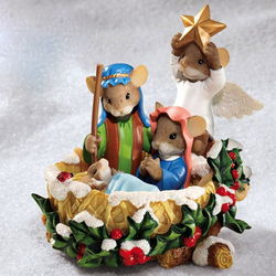 A Season Born of Love Charming Tails Christmas Nativity Figurine