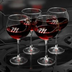 Personalized Connoisseur Red Wine Glass Set