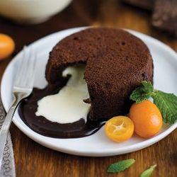 6 Chocolate Molten Lava Cakes