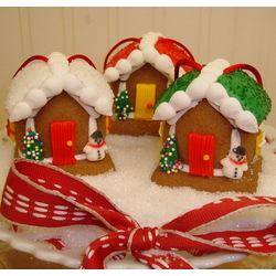 24 Edible Mini Gingerbread House Ornaments