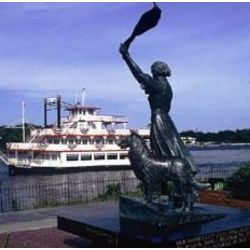 River Dinner Cruise in Savannah for Two