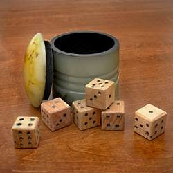 Horn Cup Farkle Game with Wooden Dice