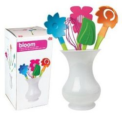Blooming Flowers Kitchen Utensil Set