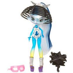 Una Verse Orbit Beach Doll