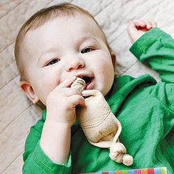 Organic Teething Bonbon in Butterscotch