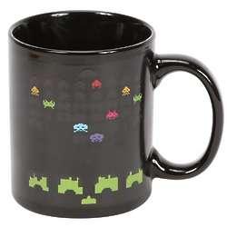 Space Invaders Heat-Sensitive Mug