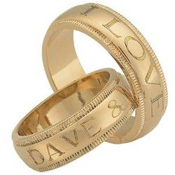 Ladies Letters Top-Engraved Ring