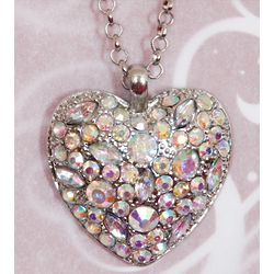 Glam at Heart Jewel Clustered Fashion Necklace