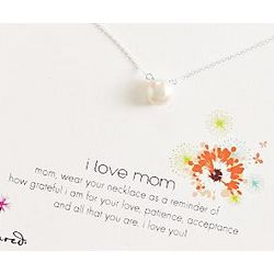 I Love Mom Pearl Necklace with Card