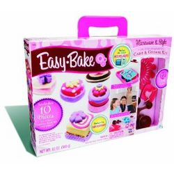 Easy Bake Microwave and Style Deluxe Delights Kit