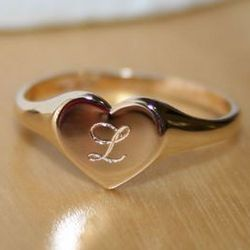 Girl's Engravable Heart Signet Ring