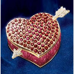 Ardleigh Elliott Heart-Shaped Music Box
