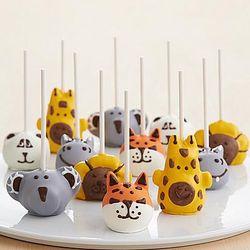 12 Handmade Zoo Animals Cake Pops
