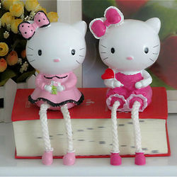 Hello Kitty Friends Figurine