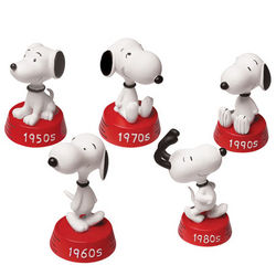 Peanuts Snoopy Decades Figurines